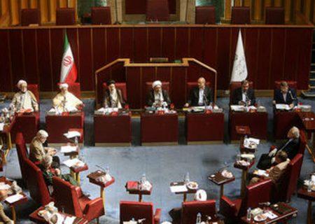 خرید واکسن کرونا در ایران جنجالی شد / موانع خرید واکسن؛ تحریم یا FATF