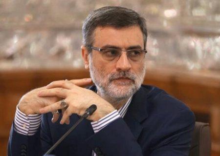قاضیزاده هاشمی: از سر تفنن و شهرت نامزد نشدهام